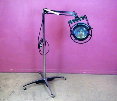 AMSCO Steris Examiner 10 Minor Surgical Procedure Exam Light Floor Lamp Stand