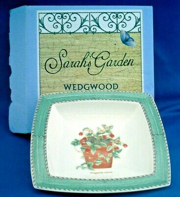 Wedgwood. Sarah's Garden. 6 Inch Square Sweet Dish.  Wild Strawberry 1997. Boxed