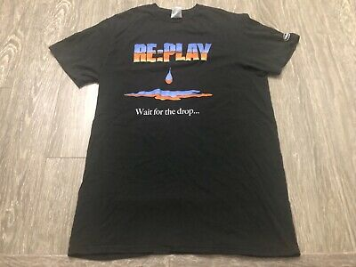 AMAZON Web Services AWS:re:PLAY Intel Medium Shirt Used