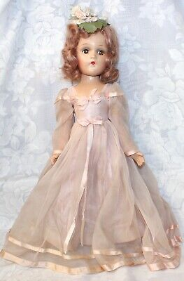 1938-1946 MADAME ALEXANDER Wendy Ann Face Portrait Doll Original Tagged Outfit