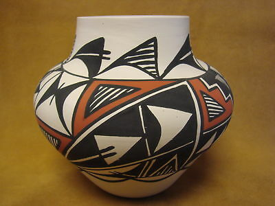 Acoma Indian Pottery Hand Painted Pot by Gloria Salvador PT0249
