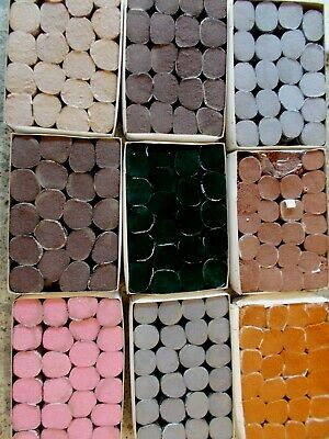 """Latch Hook/Rug Wool """"Assorted colours"""" 196 balls New - 100 %Wool by Sirdar"""