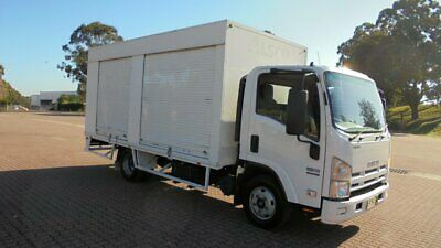 2009 Isuzu NNR NH 200 Medium White 5sp M Cab Chassis