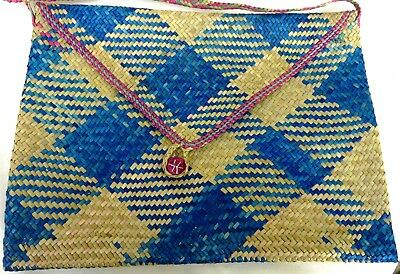 Fine Woven bag from PNG Blue/Natural weave with pink trim