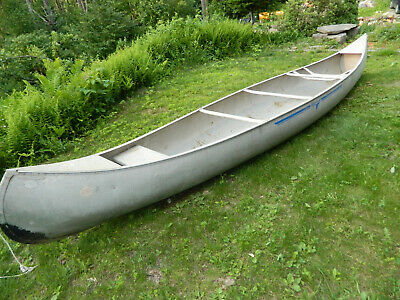 16 FOOT SQUARE Seen Canoe With Trolling Motor, Paddles And