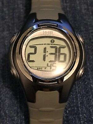 5d688d0fe Timex Women's 504-T5K085 1440 Sports Watch (EUC) Digital Grey Resin Strap WR
