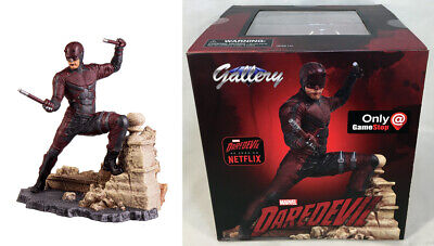 Marvel Gallery Gamestop Exclusive Netflix DAREDEVIL Figure PVC Diorama