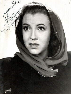 Mexican-American Actress Margo ,Signed Vintage Studio Photo.