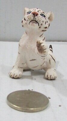 Schleich White Tiger Cub Playing Paw Up 14385 Retired
