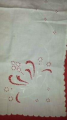 """Vintage 34"""" Eyelet Embroidery White Cotton Tablecloth, Luncheon Cloth   L140"""