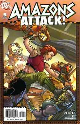 Amazons Attack #5 in Near Mint + condition. DC comics [*92]