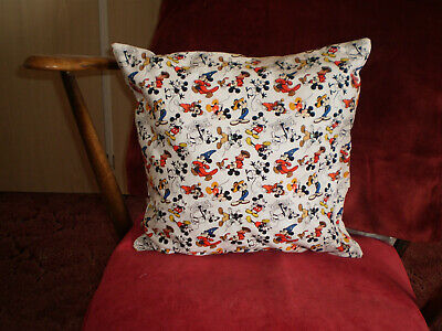 "ZIPS WHITE BERRY LEAF CUSHION COVERS 18/"" X 18/"" INCH 45 X 45 CM QUALITY FABRIC"
