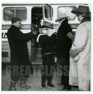 Marilyn Monroe Bus Stop 1956 Candid On Set Vintage Photograph Bob Beerman