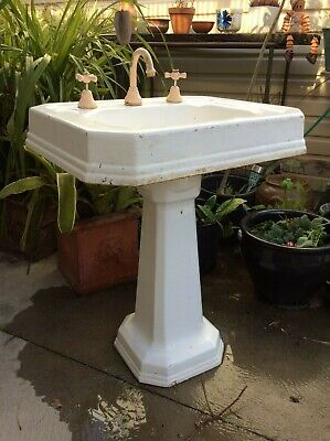 Collectable Antique Cast Iron Pedestal Bathroom Basin Art Deco Design 3810