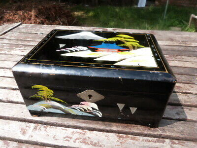 Lovely Vintage Wooden Hand Painted Japanese Musical Jewellery Box.