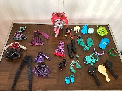EVER AFTER HIGH & Monster High doll clothes  Shoes nice sets  ect