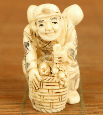 deer horn Handcarved man labour statue figure netsuke collectable decorate