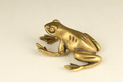 Mini unique chinese old bronze hand carved fortune frog statue collect gift