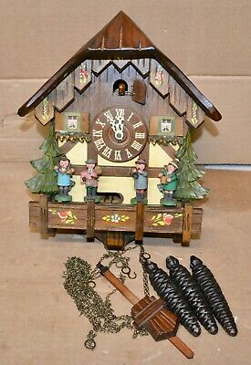 Vintage 30 Hour Musical Chalet Cuckoo Clock Moving Musicians Antone Schneider