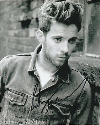 Luke Treadaway Autographed Signed 8x10 Photo COA