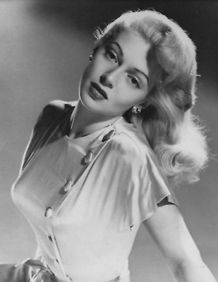 WW2 WWII Photo Hollywood Actress Starlet Lana Turner 1940's World War Two / 8062