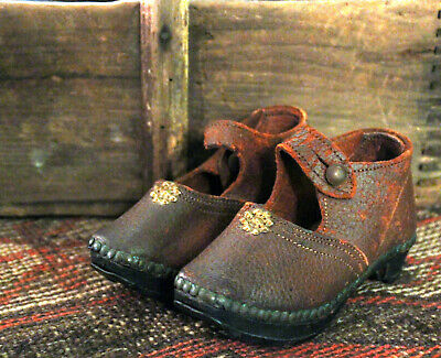 "Antique Child's Baby Shoes Clogs Pair Wood Metal Leather Brown Red Early 6"" Aafa"