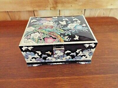 Mint - Asian Oriental Jewelry Box Lacquer With Mother Of Pearl Inlays Accents