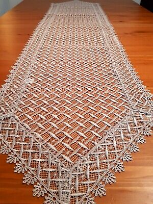 Rectangle 40*180cm Premium Polyester Knitted Mushroom or White Table Runner