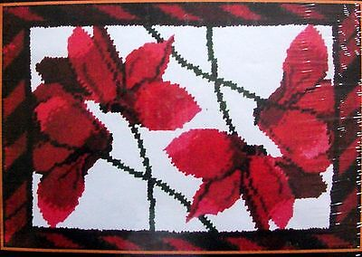 "MCG Textiles Floral Latch Hook Rug making Kit "" CYCLAMEN"" Free p&p"
