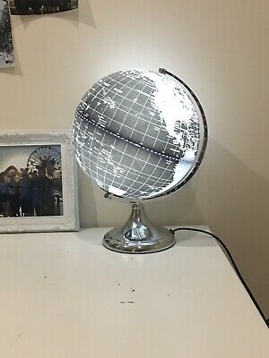 LED World Globe Lamp