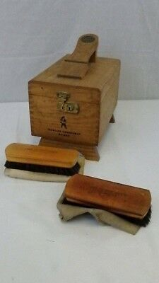 Vintage Cavalier Guardsman Deluxe Wood Shoe Shine Box with Accessories NICE