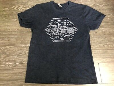 AMAZON Web Services AWS RE:INVENT 2018 Capital One T Shirt Small Used