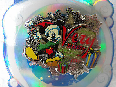 2016 Disney 3D LR Pin WDW MVMCP Very Merry Christmas Party Mickey Mouse Presents