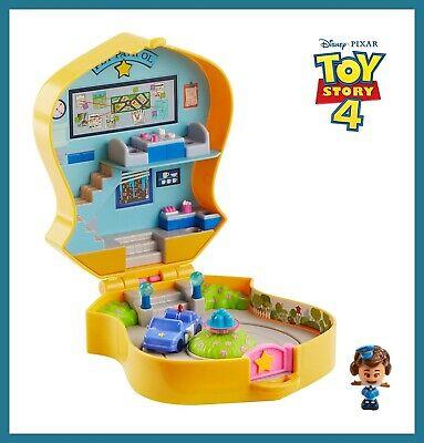 Toy Story 4 Pet Patrol Playset Badge Disney Pixar Figure (For Ages 3 & Up), NEW!
