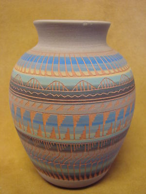 Native American Indian Hand Etched Pot by Mirelle Gilmore! Pottery Vase PT0035