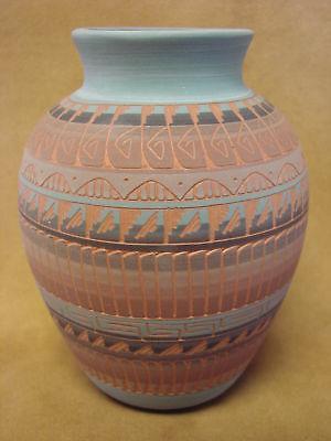 Native American Indian Hand Etched Pot by Mirelle Gilmore! Pottery Vase PT0063