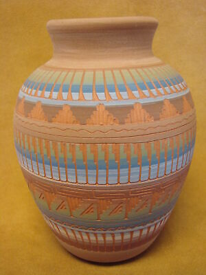 Native American Indian Hand Etched Pot by Mirelle Gilmore! Pottery Vase PT0030