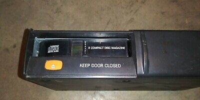 97 98 99 00 01 Ford & Expedition Cd Changer With Magazine