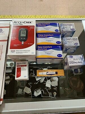 Accu Chek Avia Plus Meter  Control Solution 3 Boxes Of Alcohol Pads 3 X Lancets