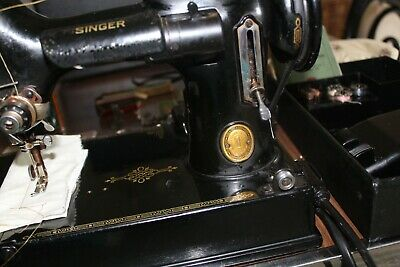 vintage 1952 Singer Sewing Machine 221k FEATHERWEIGHT+ACCESSORIES + INSTRUCTIONS
