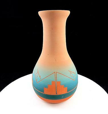 "Cedar Pass Green Swallow Sioux Signed South Dakota Native Tribe 7 1/2"" Vase"
