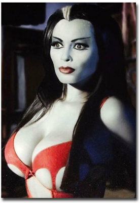"Yvonne De Carlo Munsters Lily Munster Fridge Magnet Size 2.5"" x 3.5"""