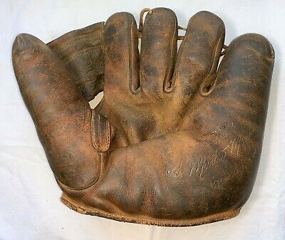 Original 1945 WWII US Army Special Services Morale Baseball Glove w/ Laundry #