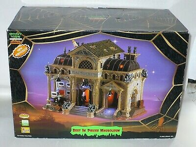 Lemax Spooky Town Rest In Pieces Mausoleum Retired item #55233 Box READ