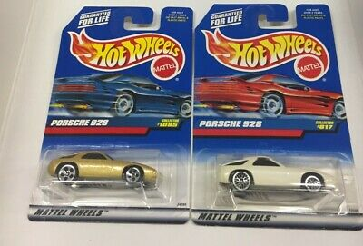 Hot Wheels 2 Porsche 928 Blue Card Collector Numbers 817 And 1085 Metal Bases