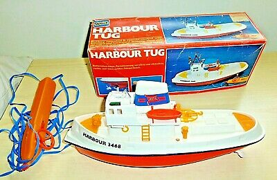 Playwell  Plastic Harbour Tug Remote control Toy boat boxed