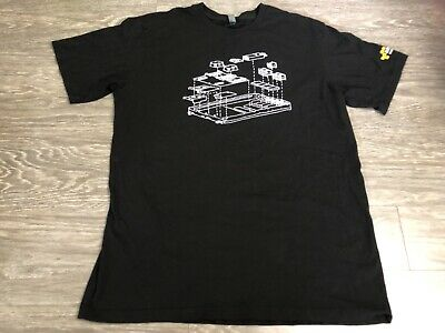 AMAZON Web Services AWS HW ENG Large T Shirt Used