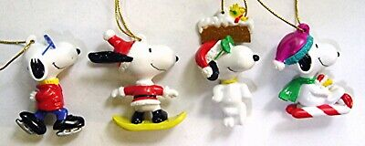 2001 Peanuts SNOOPY & WOODSTOCK FULL SET of 4 WHITMAN'S PVC CHRISTMAS ORNAMENTS
