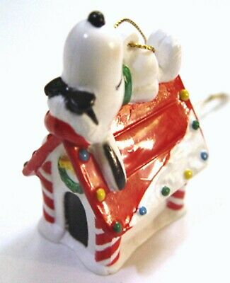 1995 Peanuts SNOOPY & WOODSTOCK WHITMAN'S PVC CHRISTMAS ORNAMENT - ON DOGHOUSE