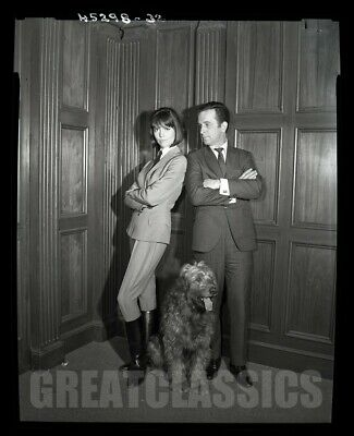 DON ADAMS BARBARA FELDON GET SMART TV 1965 VINTAGE 4x5 CAMERA NEGATIVE